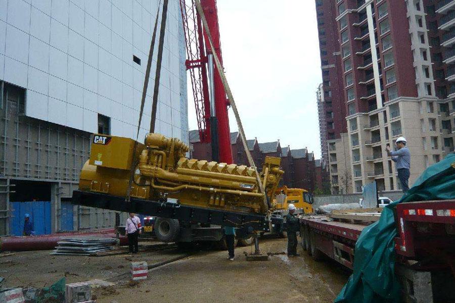 武汉大型设备搬迁当然需要起重