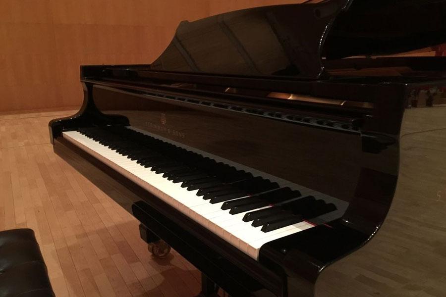 北京搬家公司教你立式钢琴、三角架钢琴怎样转移