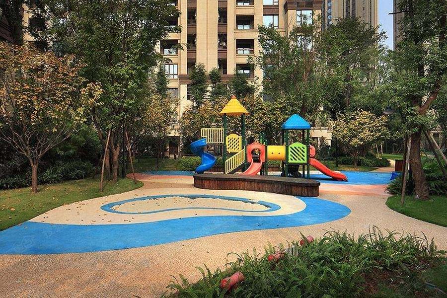 北京丰台区搬家公司如何保护公共设施在搬家过程中免受损坏