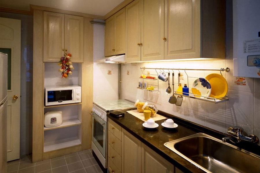 北京搬家公司告诉你搬家时橱柜和墙壁的清洗方法