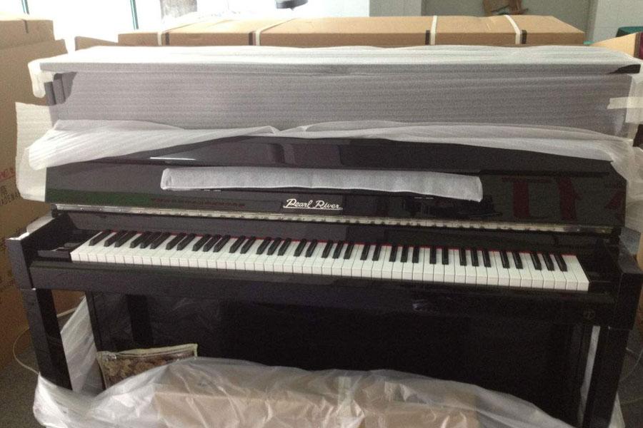 幸运快乐28搬家公司搬家中钢琴怎么收�费