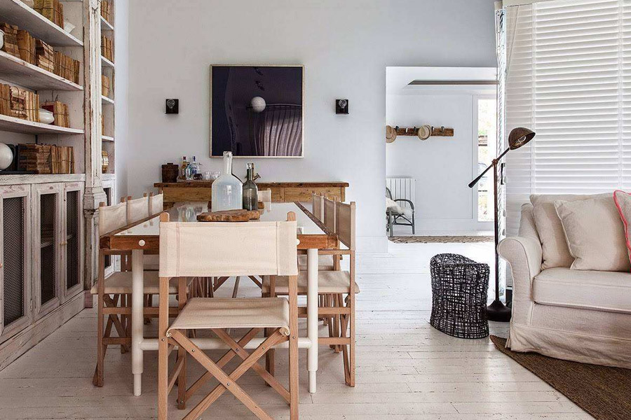 找北京搬家公司搬家时该如何对家具进行保养?