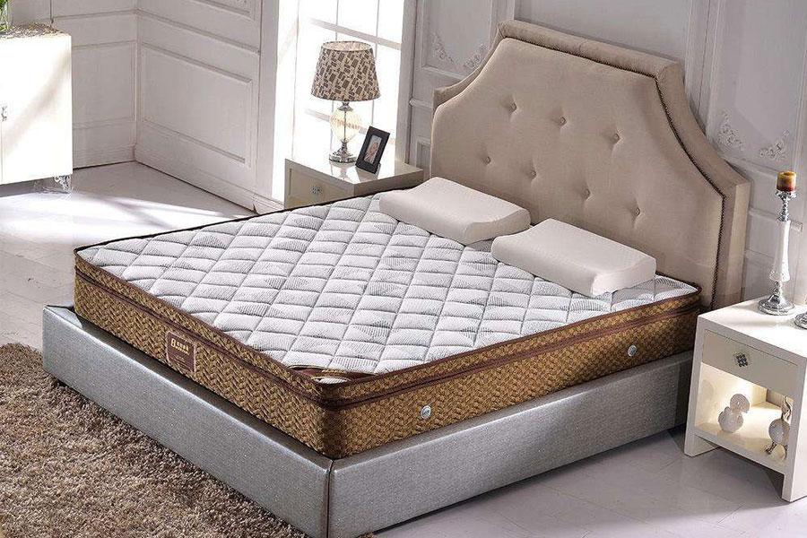 北京搬家公司搬双人床垫的打包方法